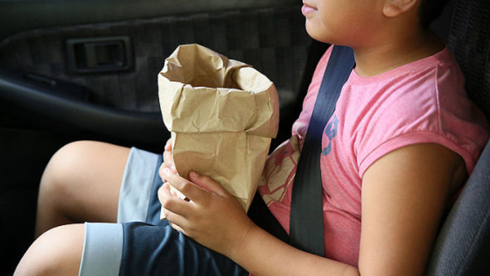 Enfant sensible au mal de voiture