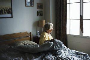 Chutes des personnes âgées à domicile, comment les prévenir ?