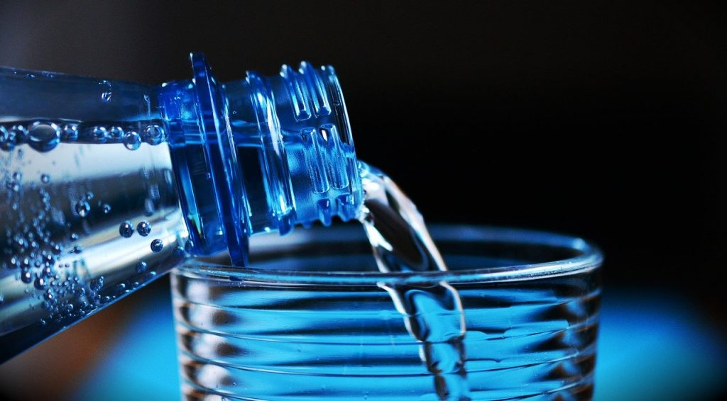 boire de grandes quantités de liquide