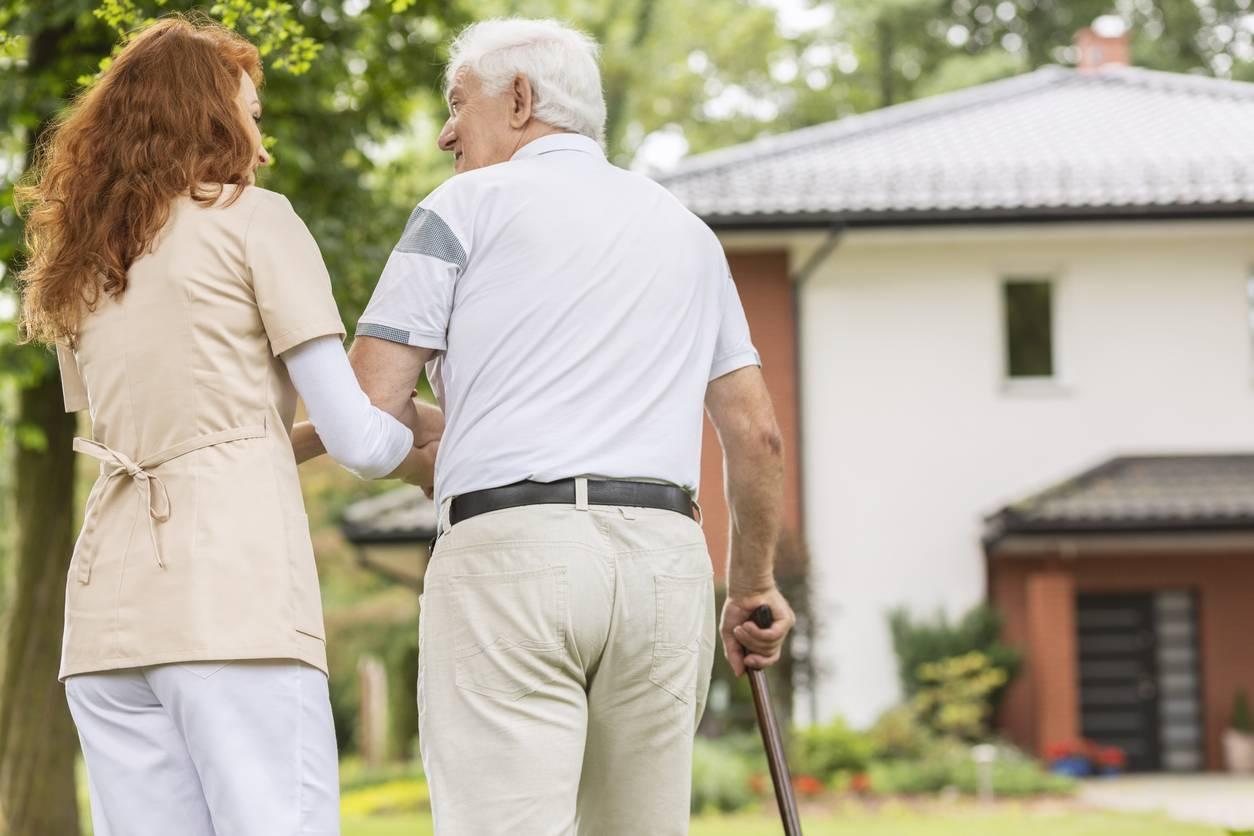 canne personne âgée senior