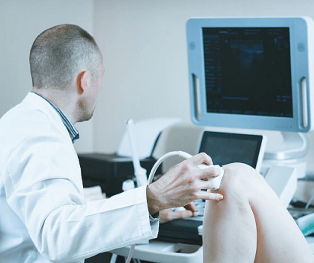 Comment lire une échographie des genoux