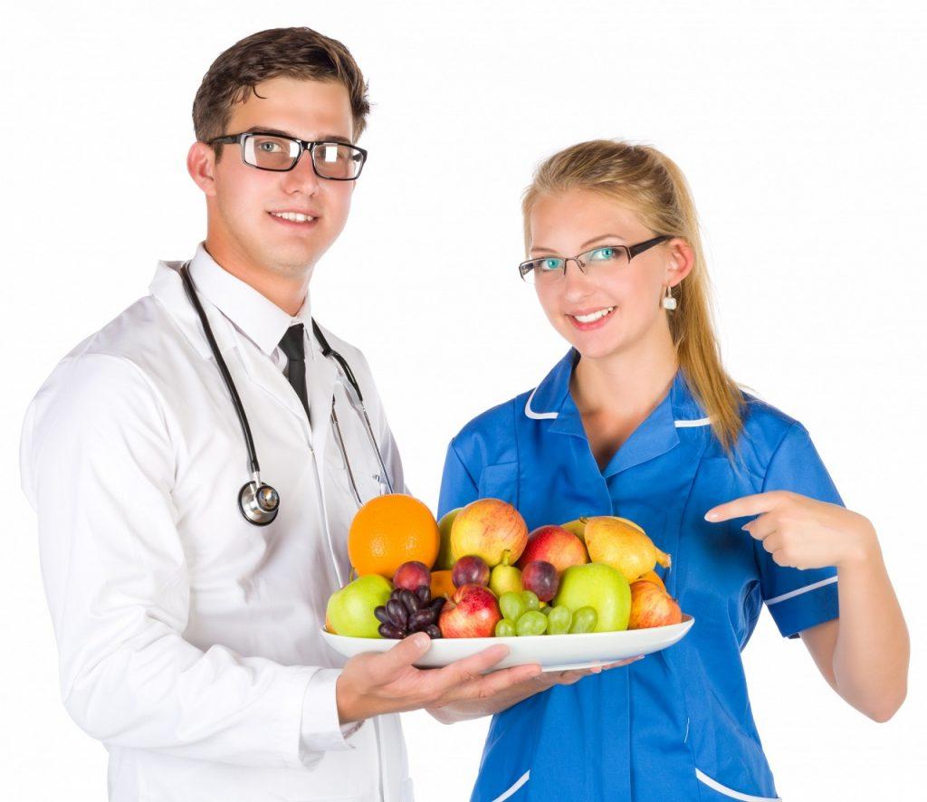 médecin nutritionniste et diététicienne